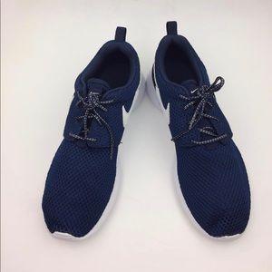 Nike Roshe Flyknit Sneaker sz 7